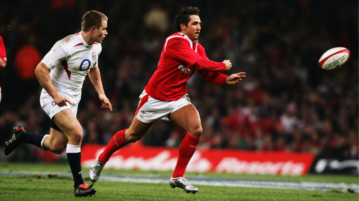 The 10 greatest moments in the history of the Six Nations | Suberb Gavin Henson performance
